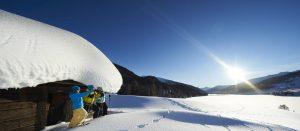 Vinterlandskap i Davos i Alpene