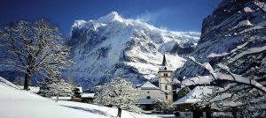 Vinter i Grindelwald i Alpene