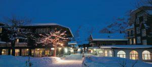 Chaet i Murren i Alpene. Vakker kveldssteming