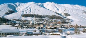 Vinterpanorama fra Zuos i Engadin, Sveits