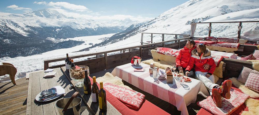 ENGADIN St. Moritz: El Paradiso Sonnenterrasse mit Ausblick