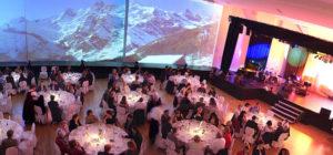 Konferanse middag for gjester på firmatur til Saas Fee i Alpene