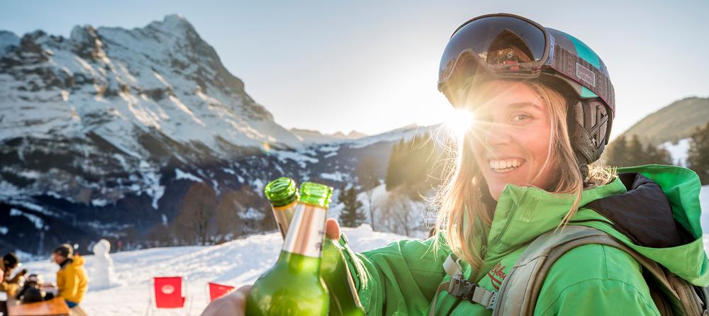 Snowboarden im Skigebiet Grindelwald-First in der  Jungfrauregion