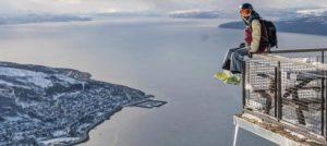 Daredevil skier in Narvik, Norway